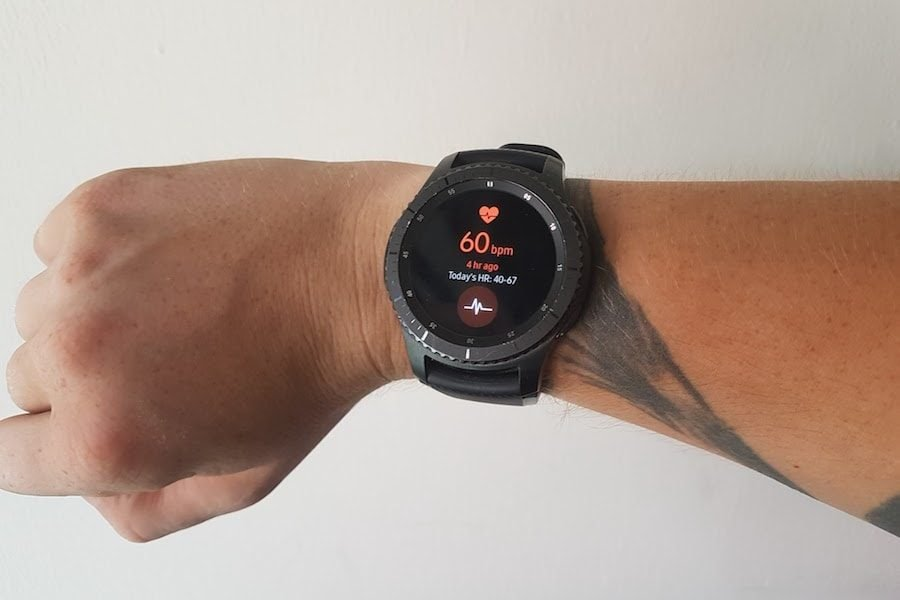 smartwatch gear s3 heart