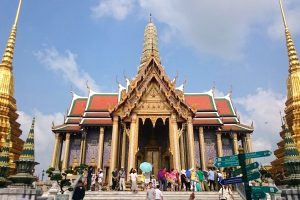living in bangkok royal palace
