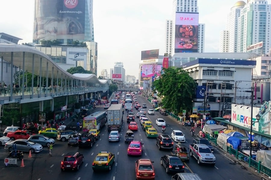traffic bangkok mall