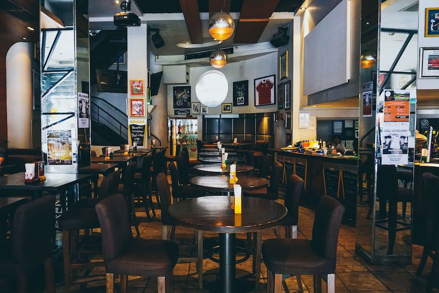 clubhouse sports bar bangkok