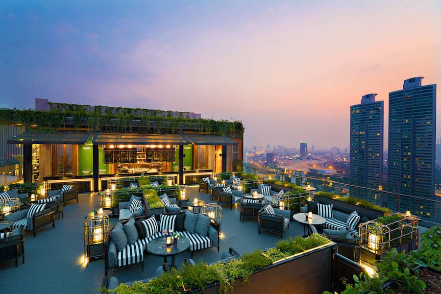 abar rooftop bar of marriott marquis queens park in bangkok