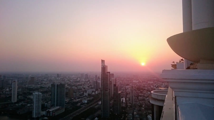 sky bar bangkok sunset