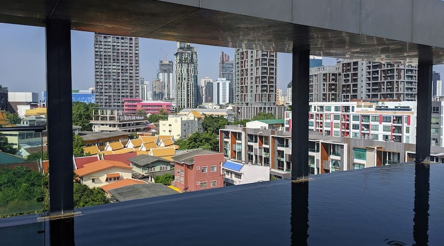 infinity pool at a condo in bangkok