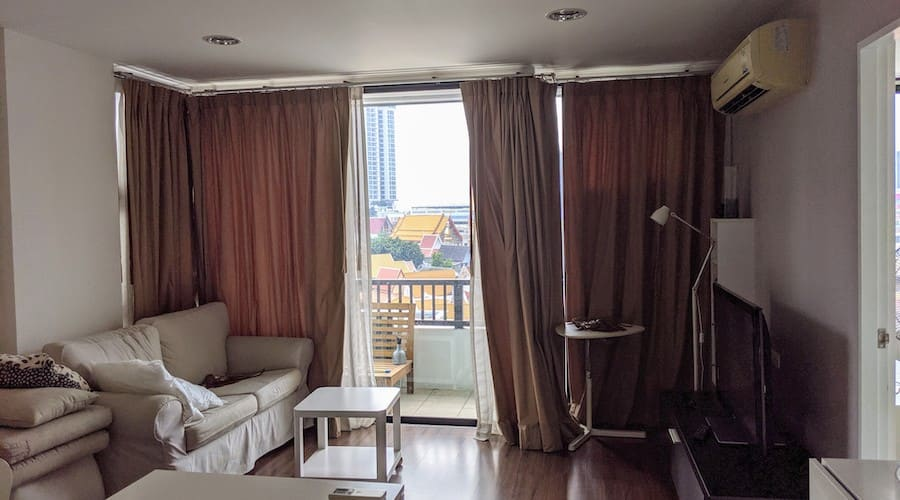 visit of an apartment in bangkok