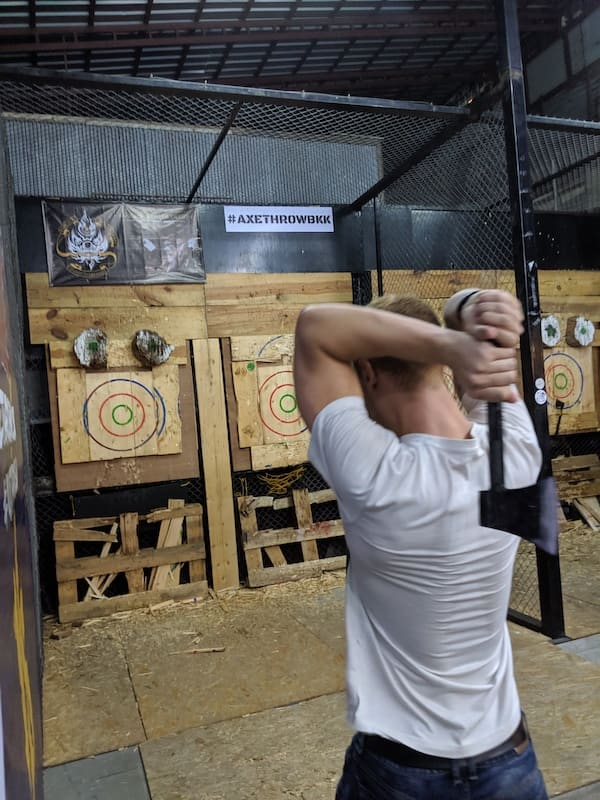 mojomatt throwing an axe in bangkok