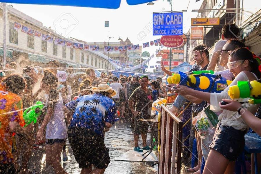 songkran festival in Khaosan Road