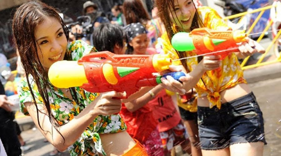 Thai Girls water fight for Songkran