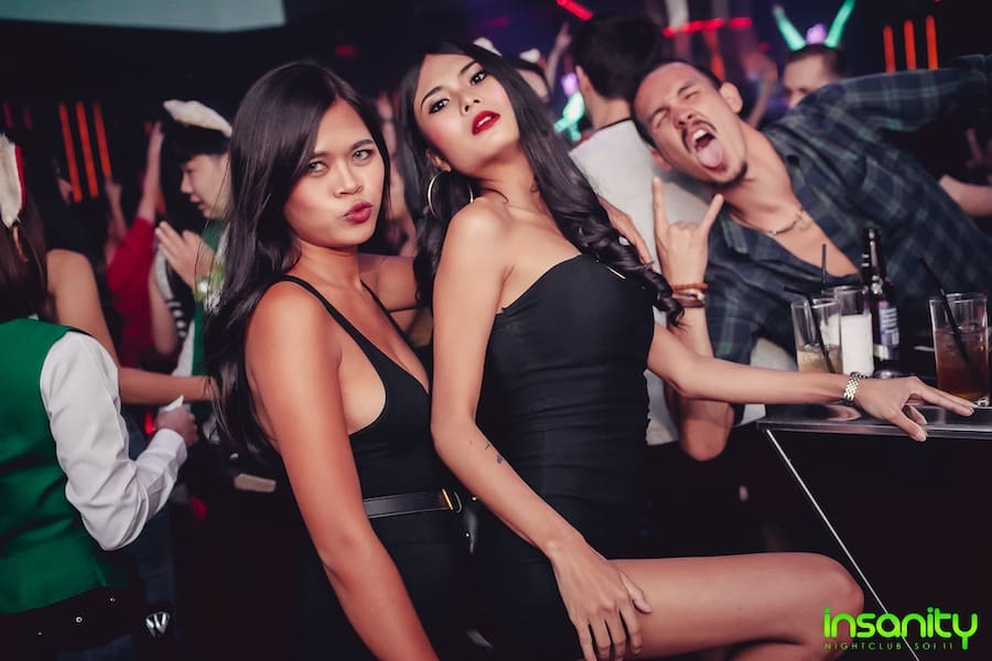thai girls at insanity club in Bangkok