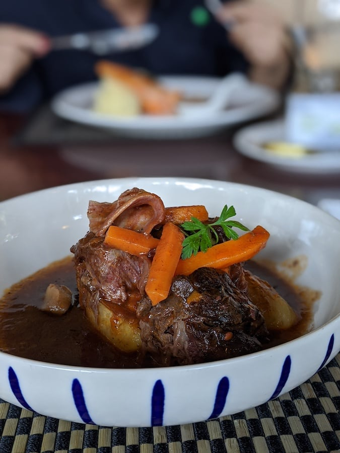braised veal shank in red wine at Vincotto restaurant (khao yai)